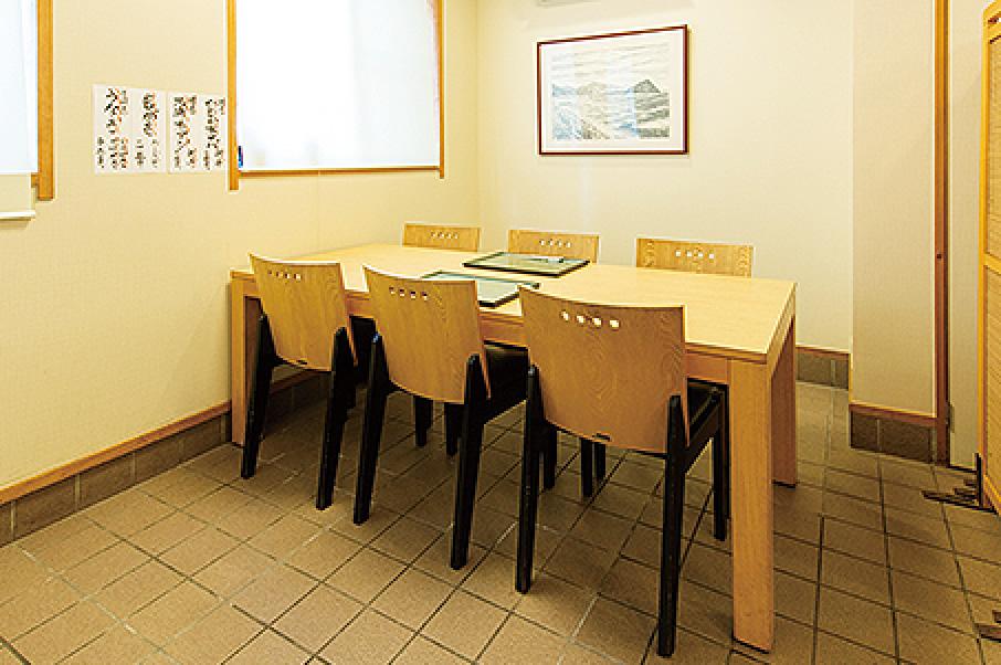テーブル席(2卓)